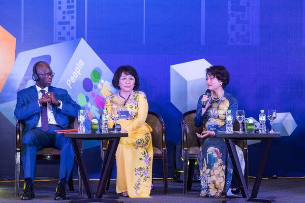 Nữ Phó Giám Đốc Sao Thái Dương Nguyễn Thị Hương Liên Chia Sẻ Quan Điểm Kinh Doanh Có Trách Nghiệm