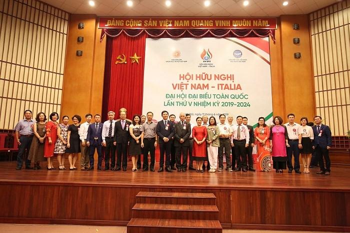 Sao Thái Dương – thương hiệu đồng hành cùng Hội Hữu nghị Việt – Ý