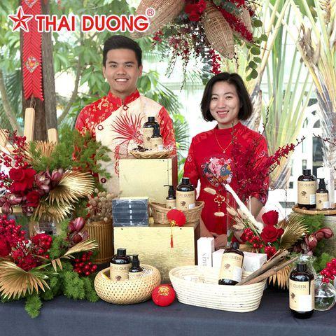 Công Ty Cổ Phần Sao Thái Dương vinh dự được giám đốc khách sạn Metropole lựa chọn cùng 15 thương hiệu nổi tiếng bày bán sản phẩm tại gian hàng Hội Chợ Tết Hà Thành