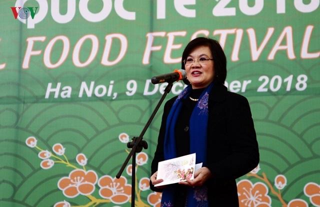 Sao Thái Dương vinh dự 2 năm liền nhận biểu tượng vàng vì sự nghiệp chăm sóc sức khỏe cộng đồng